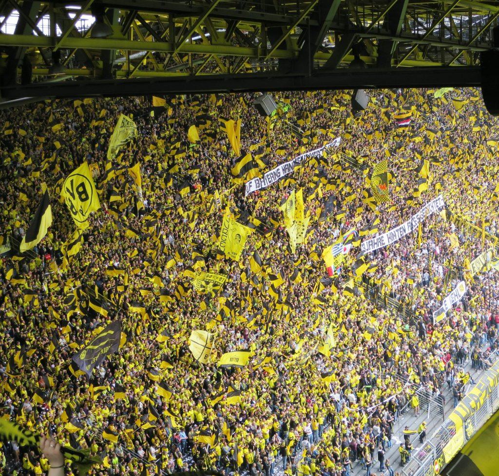 Borussia Dortmund Fans 1024x978