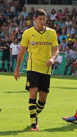 Lewandowski spielt fuer Dortmund